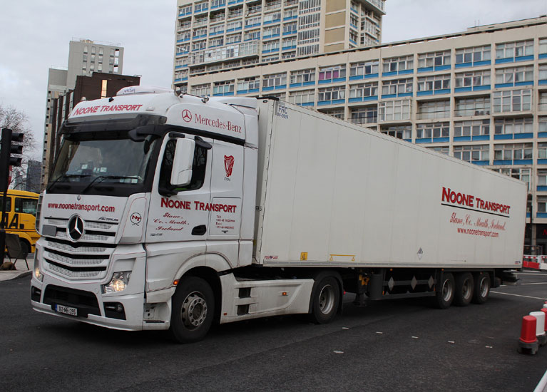 Noone Transport Euroliners and Curtainsiders 02